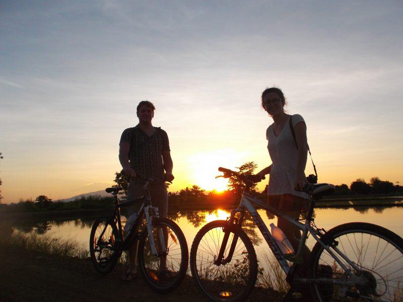 sukhothai sunset bile